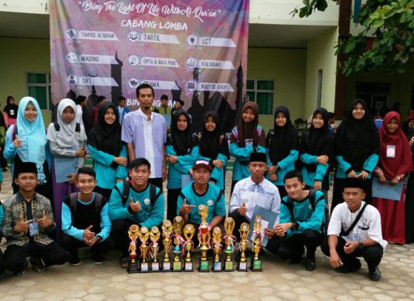 MAN 1 Lampung Raih Berbagai Juara Lomba ROHIS di SMAN 1 Metro