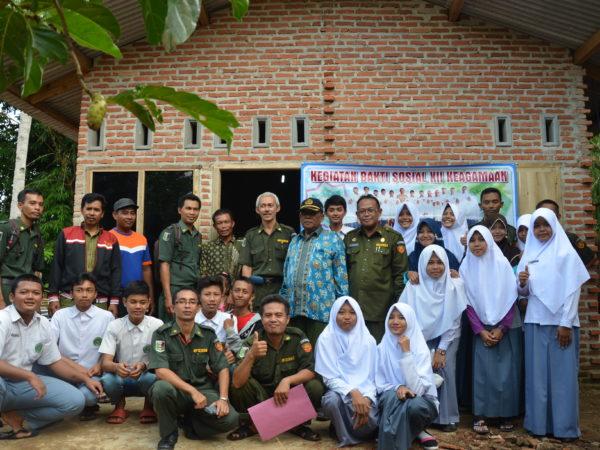 Kepala MAN 1 Lampung Timur Serah Terimakan Hasil Bedah Rumah